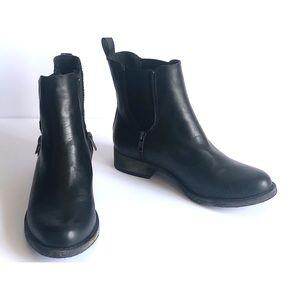 ROCKET DOG black ankle booties